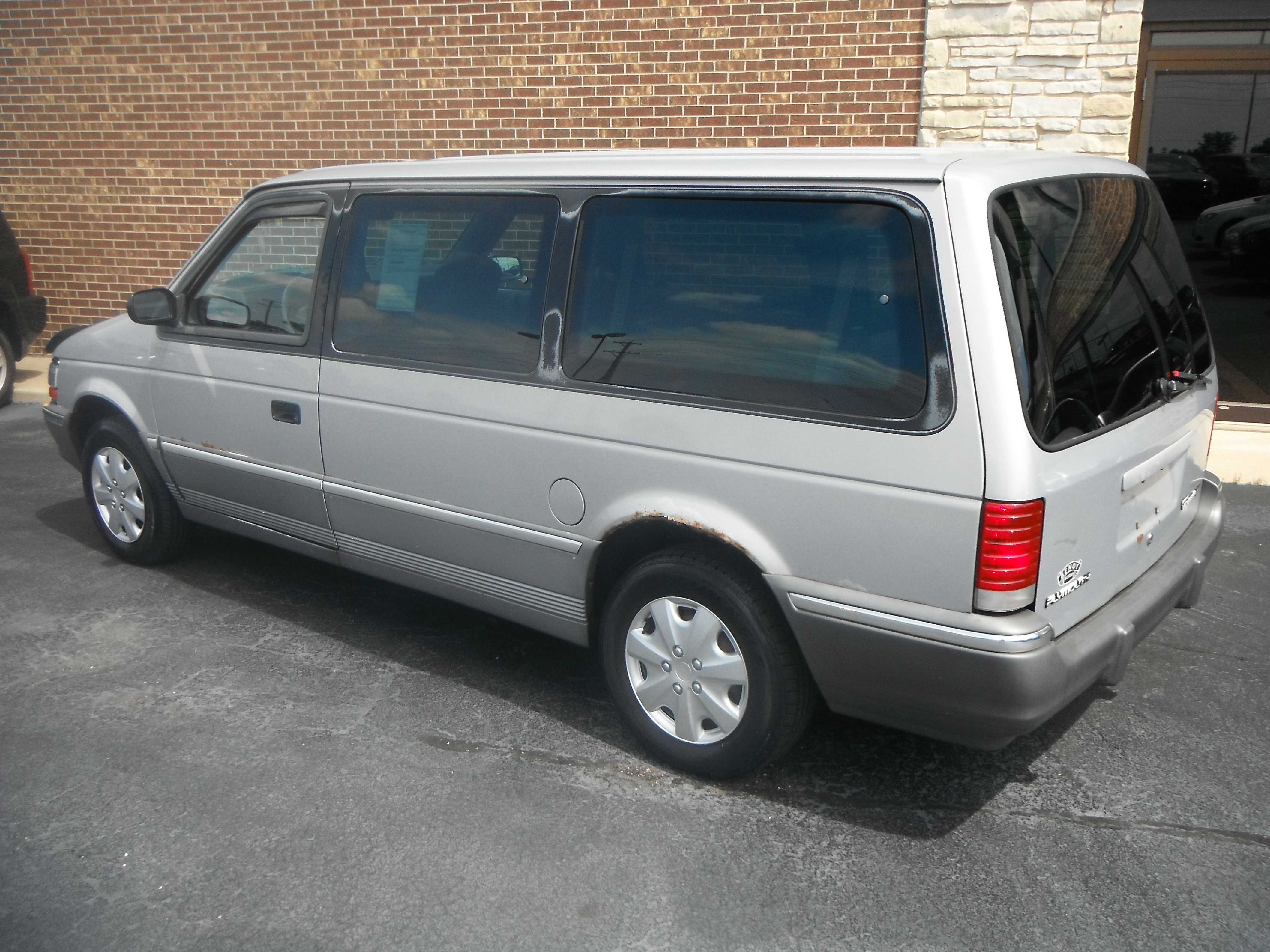 1993 plymouth grand voyager for sale in woodstock il 1200 00