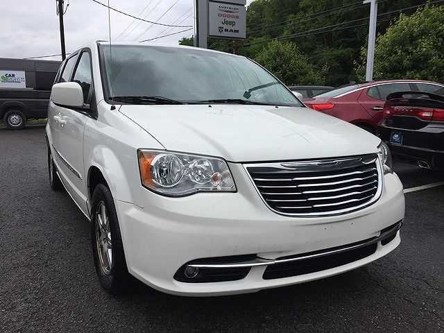 2011 chrysler town country for sale in coraopolis pa. Black Bedroom Furniture Sets. Home Design Ideas