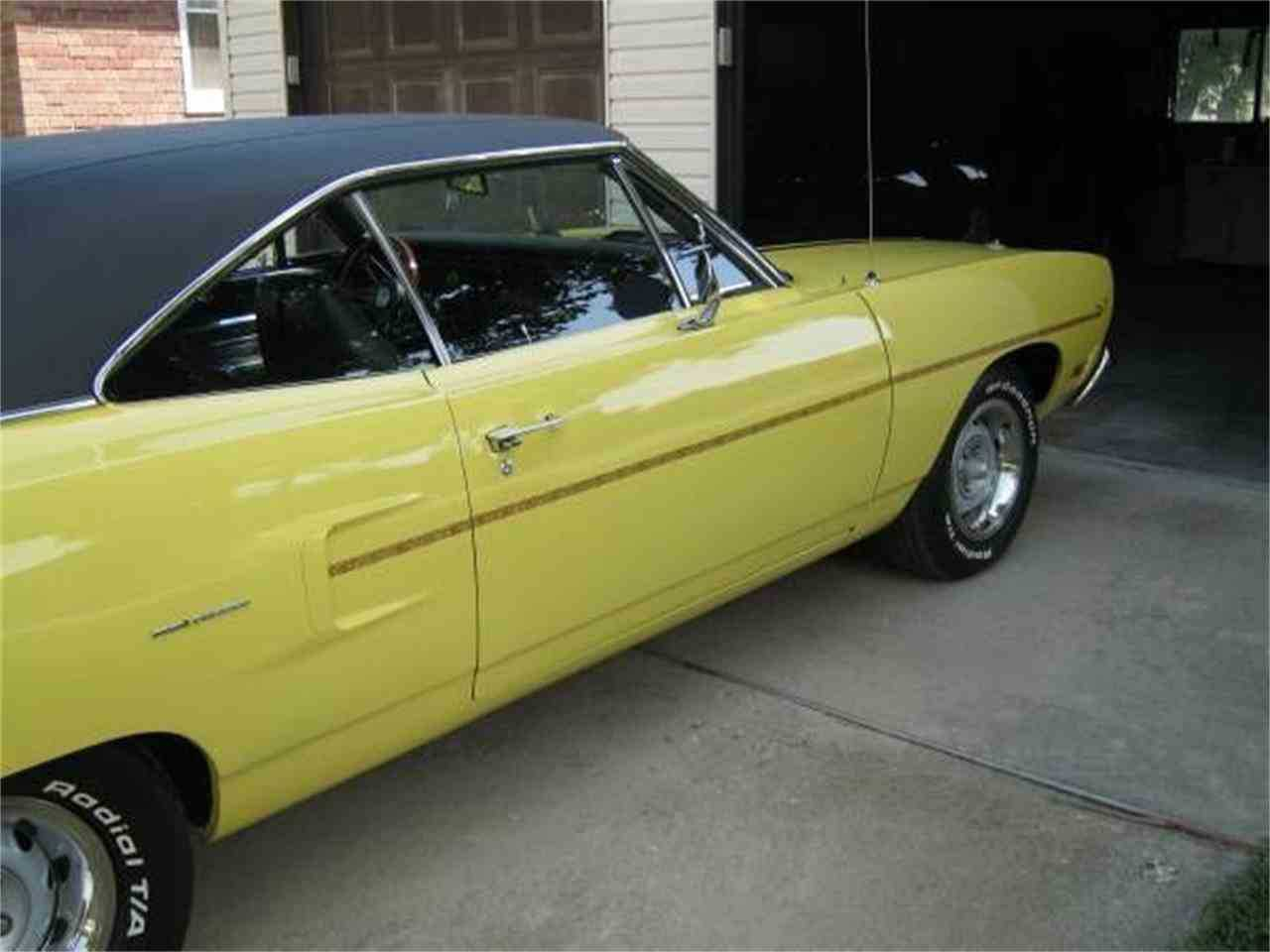1970 Plymouth Road Runner Yellow