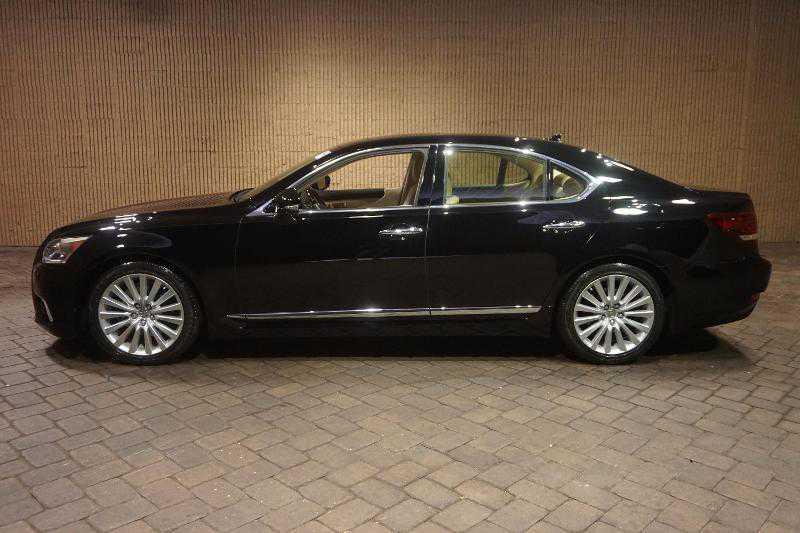 Lexus side view