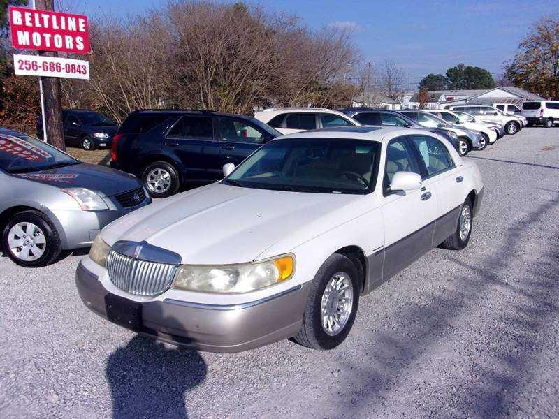Lincoln Town Car 1999 $2660.00 incacar.com