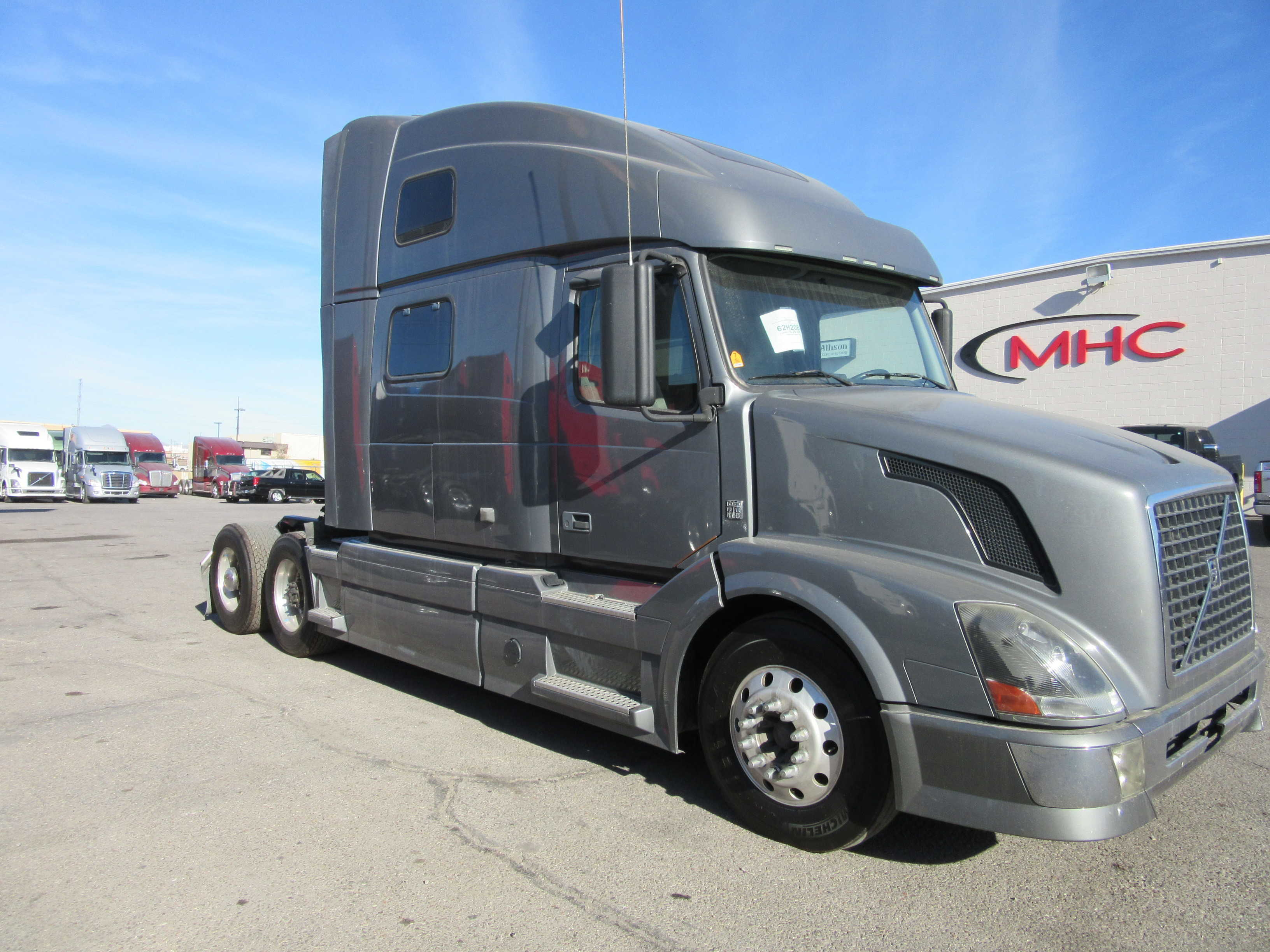 in used for sale volvo vnl