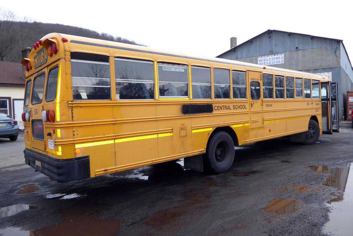 2001 BLUE BIRD BUS TC2000 for sale in , |
