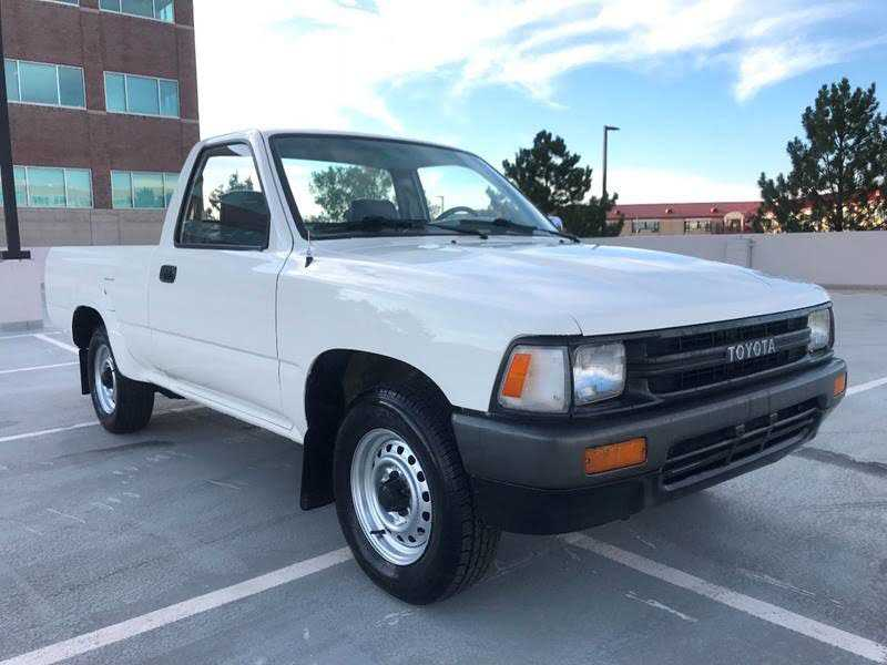 Pictures On 1989 Toyota Pickup Bench Seat For Sale