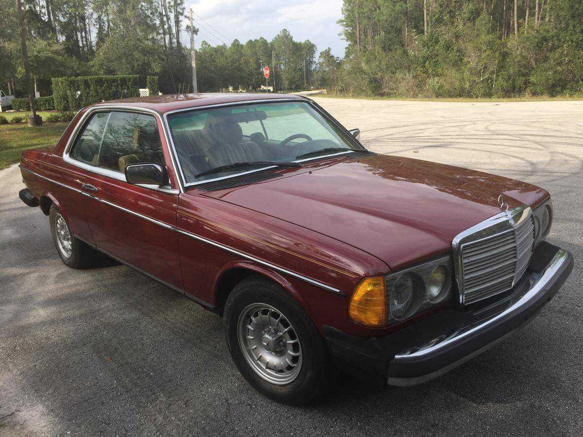 1984 Mercedes-Benz 300CD for sale in PALM COAST, FL