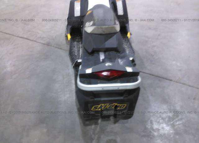 2011 SKI-DOO SNOWMOBILE for Sale in St  Paul, MN
