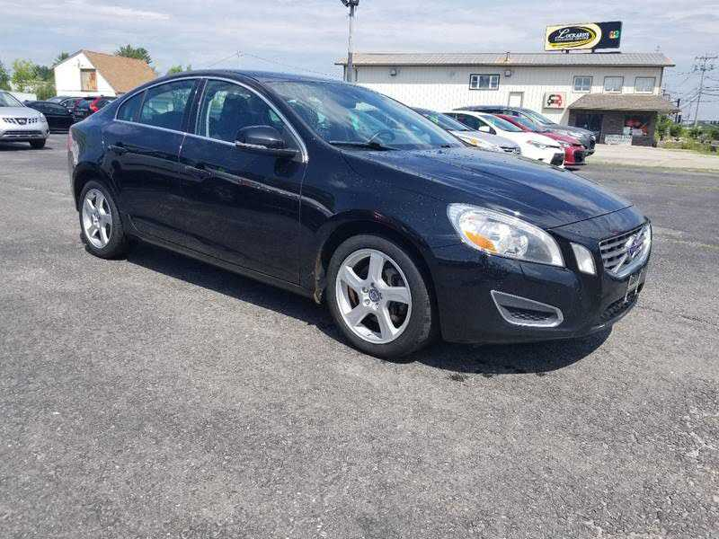 2013 VOLVO S60 for Sale in Maine