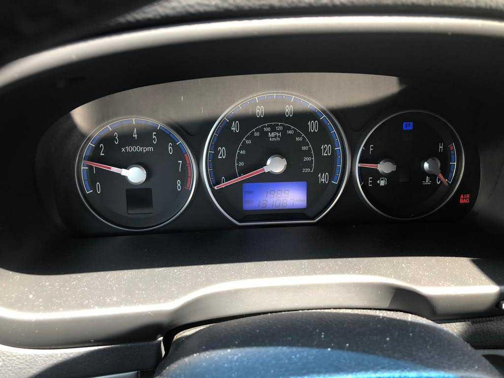 02-11 ISUZU D-MAX 04-14 Chevrolet Colorado inner door handle inside interior