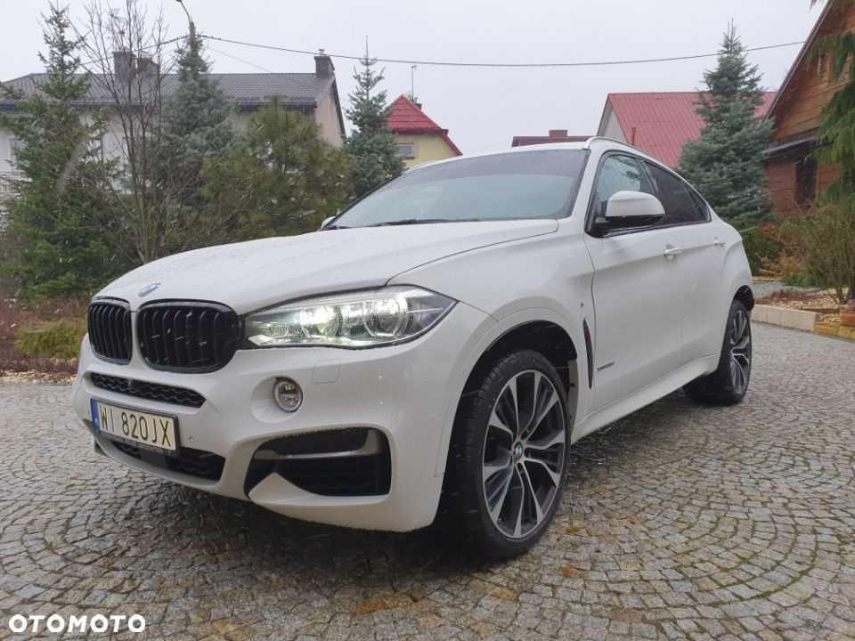WBAKU210XJ0V54961 BMW X6 F16 X6 35iX 2017